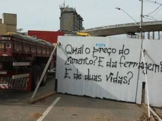 Movimentação do dia no Viaduto dos Guararapes