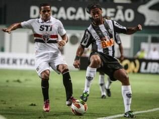 Na Libertadores, Galo não deu chances ao tricolor e venceu três das quatro partidas