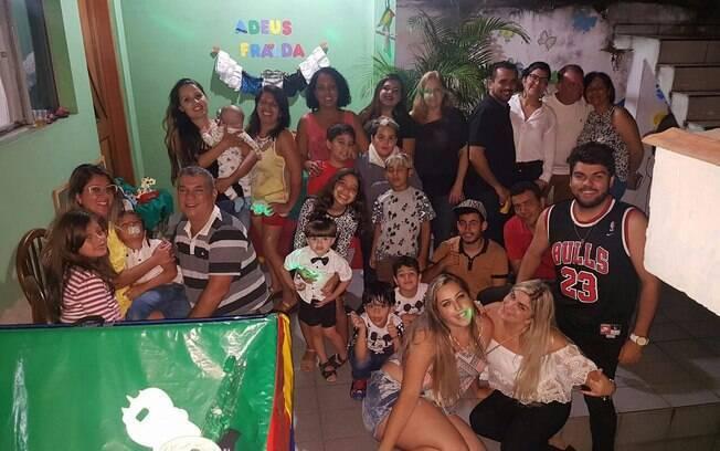 Festa de Gabriel reuniu amigos e familiares, e menino se divertiu até de madrugada de tanta felicidade pela nova fase