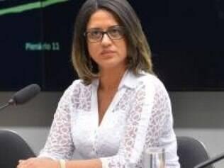 Em  nota, PT diz que Meire Poza, ex-contadora de Youssef,  negou conhecer o tesoureiro do partido, João  Vaccari  Neto