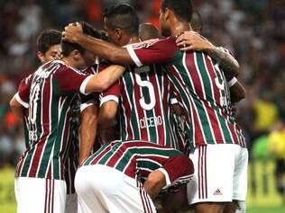 Jogadores do Fluminense comemoram vitória e vice-liderança do Brasileirão