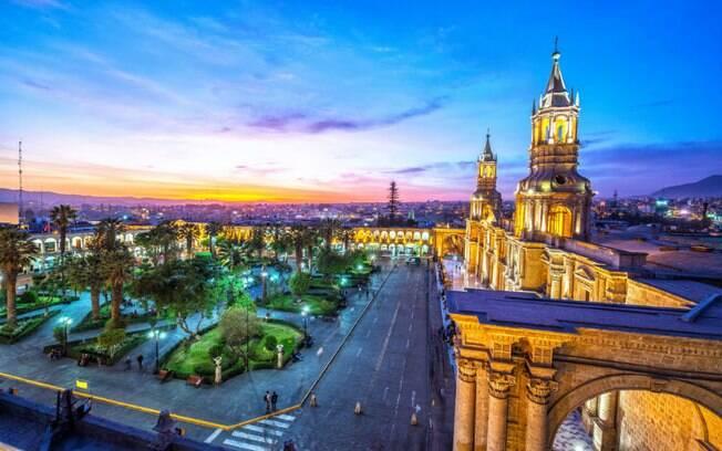 A cidade de Arequipa, no Peru, é conhecida por sua diversidade e herança colonial