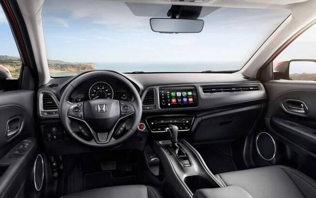 Interior do Honda HR-V 2019 terá nova central multimídia.  E poderá ter contagiros digital no Brasil, assim como nos EUA