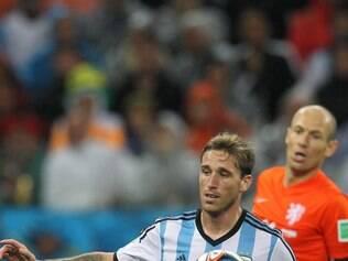 Lucas Biglia ganhou espaço no meio campo da Argentina durante a Copa do Mundo no Brasil