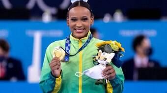 Rebeca Andrade é ouro no salto e leva 2ª medalha em Tóquio