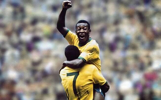 Pelé jogando pela seleção brasileira