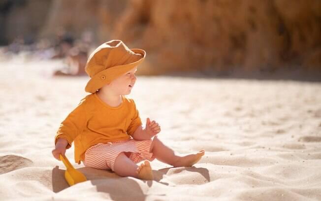 A OMS (Organização Mundial de Saúde) não recomenda que crianças usem muito o óculos de sol