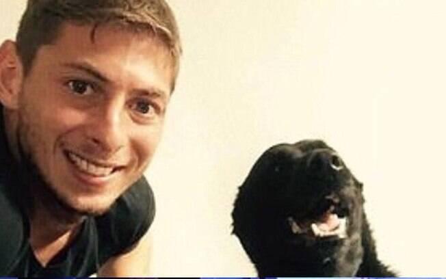 Emiliano Sala e a cadela Nala