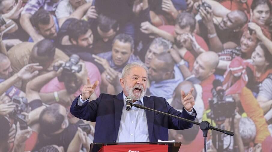 Ex-presidente Lula teve veto de 12 anos atrás derrubado pelo Congresso
