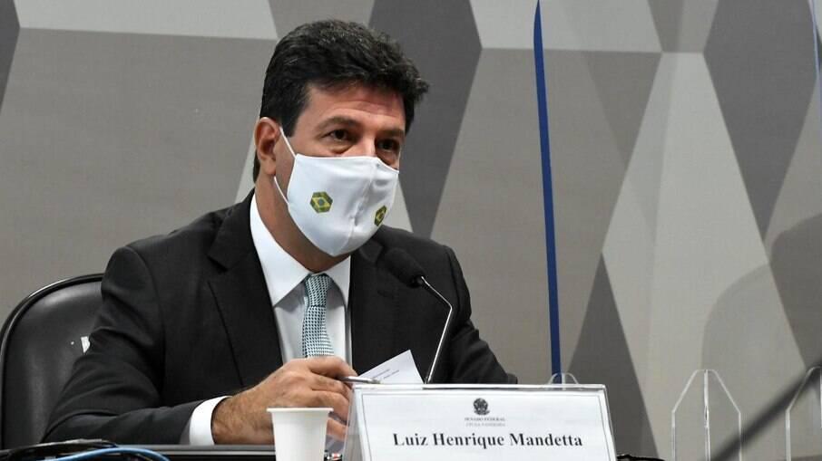 Ex-ministro da Saúde, Luiz Henrique Mandetta (DEM), durante audiência da CPI no Senado