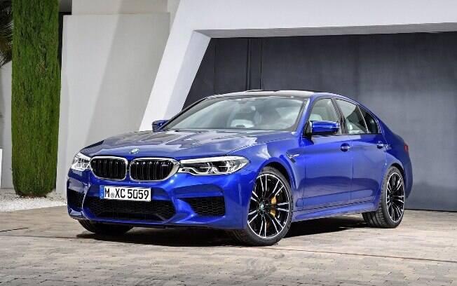 BMW M5: O carro é pensado para ter desempenho de superesportivo e praticidade de um sedã