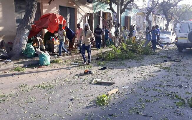 O alvo do ataque era um hotel na capital da Somália, porém, o edifício não foi atingido pela explosão do carro-bomba