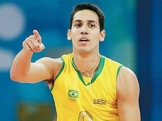 Técnico da seleção de vôlei convoca três jogadores que atuam em Minas para disputar a Copa América