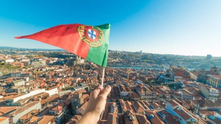 Você pode ir para Portugal de avião, mas também navio