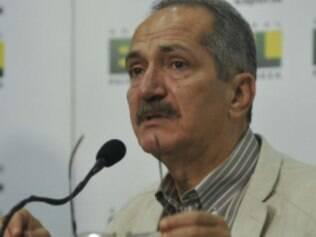 Comandante do Ministério do Esporte afirmou que gostaria de ter mais influência na entidade