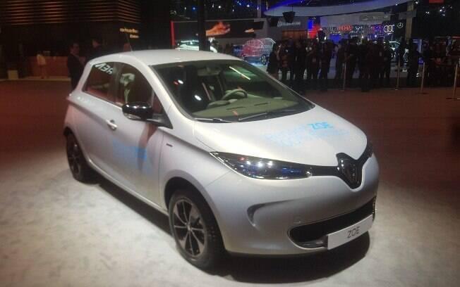 Chegando antes mesmo que o Renault Alaskan, Zoe é o elétrico que já é vendido no Brasil por R$ 149.990