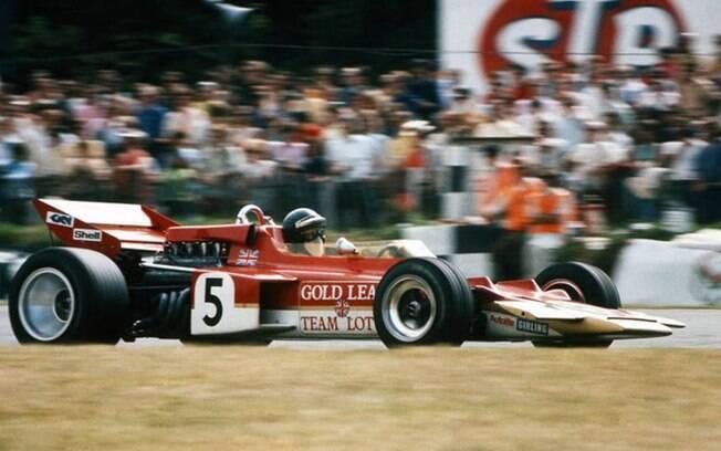 """Jochen Rindt: o único campeão """"post-morten"""" da F1 morreu no GP da Itália de 1970, após cinco vitórias com a Lotus"""