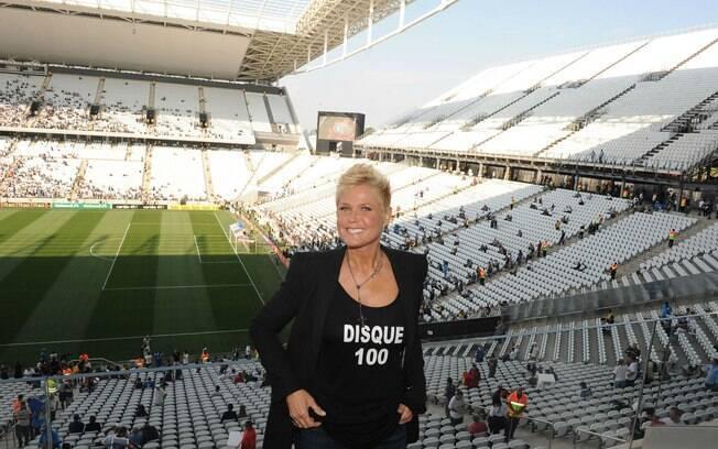 Xuxa lança campanha em inauguração da Arena Corinthians