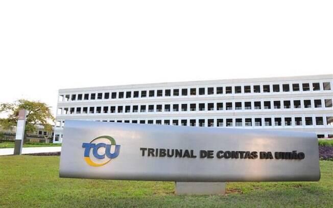 Segundo o TCU, estatais são dependentes da União e, por isso, precisam obedecer teto constitucional