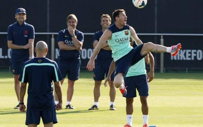 Messi treina com o Barcelona no começo da  pré-temporada na Europa, neste mês de julho