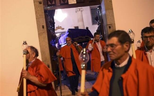 Em Portugal, cristãos celebram a ressurreição de Jesus Cristo na Páscoa