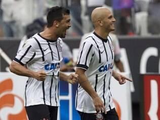 Fábio Santos mostrou que pênalti é com ele mesmo