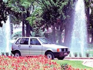 Vedete. Lançado em 1991 no mercado, Uno Mille tinha como prioridade o preço e não o desempenho