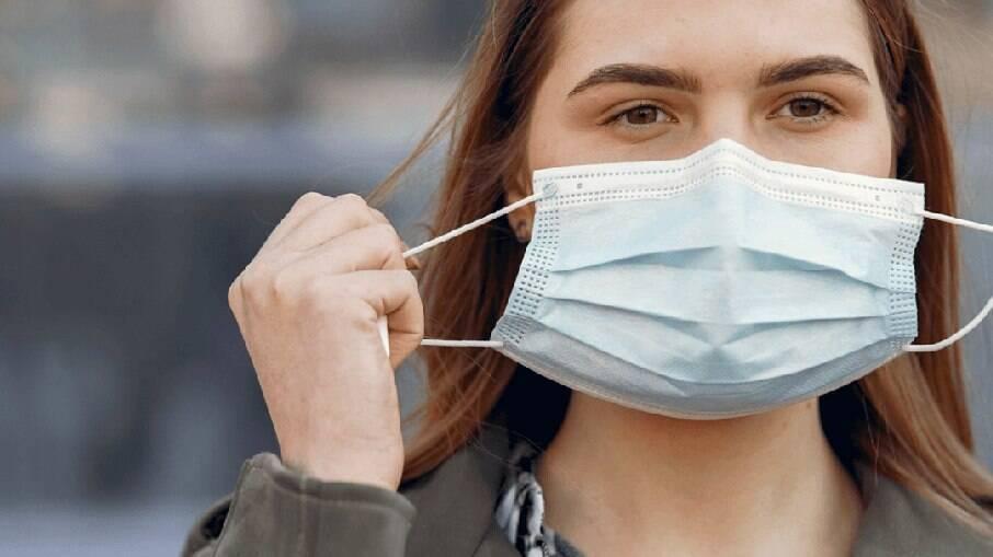 Uso de máscara pode não ser mais obrigatório em SP