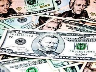 Alta. Dólar deve fechar o final deste ano com cotação a R$ 2,40