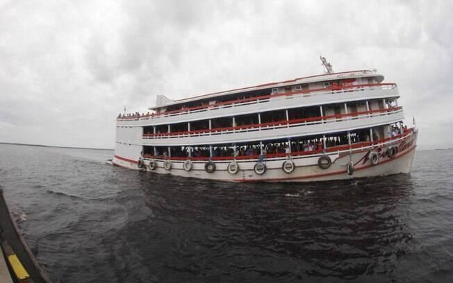 Decisão de parar transporte fluvial no Amazonas foi suspensa