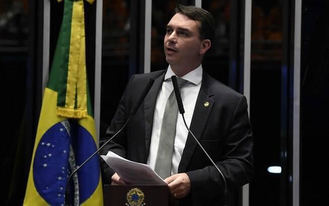 MPRJ é contra foro privilegiado de Flávio Bolsonaro