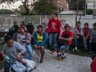 Integrantes do MTST querem que terrenos sejam destinados à moradia popular