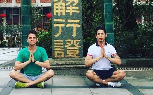 Jhonny Siqueira em dos templos de Hong Kong