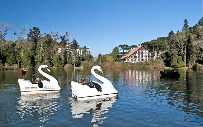 Aproveite os lagos para passeios em família
