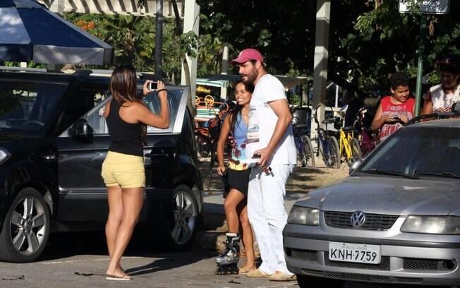 Thiago Lacerda esbanjou simpatia nesta sexta-feira (10)