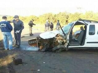 Acidente envolveu quatro veículos e interditou MG-170