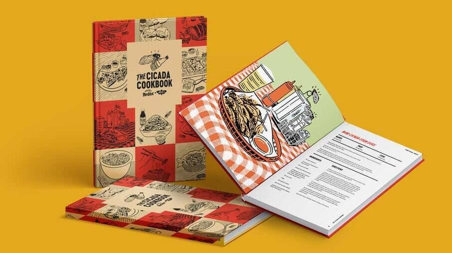Livro de receitas de cigarras da Frank's RedHot, centenária marca de molho picante