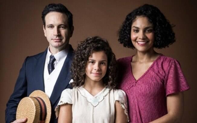 João Aranha (Caco Ciocler), Shirley (Barbara Reis) e Inês (Gabriella Saraivah)
