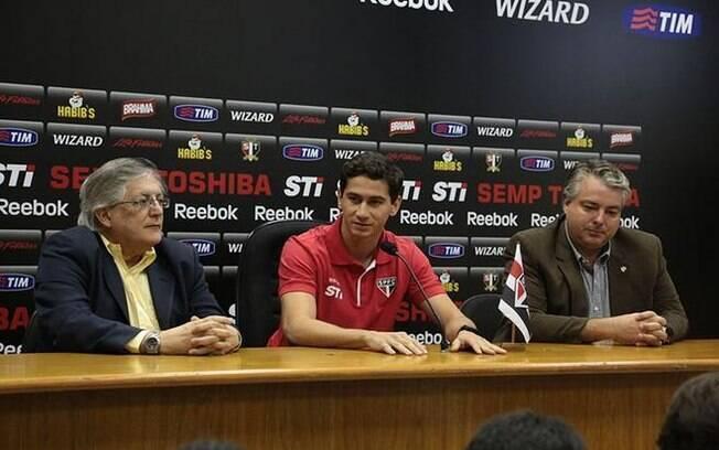 Ganso é apresentado como novo jogador do São  Paulo no Morumbi