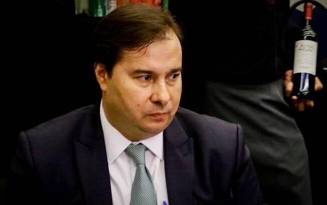 """Para maia, PEC 410 é PEC é """"flagrantemente inconstitucional"""""""