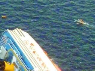 Cruzeiro Costa Concordia afundou em 13 de janeiro de 2012