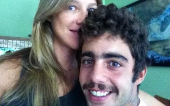Luana Piobani e Pedro Scooby aguardam a chegada do filho, Dom