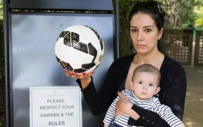 Victoria Diethardt e seu filho Mark, de seis meses