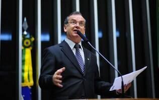 Câmara mais conservadora em 2015 ajudará a liberar porte de armas, diz deputado - Brasil - iG