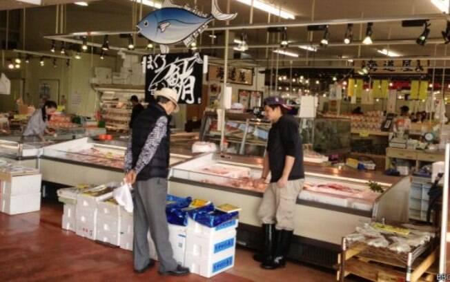 O mercado de peixes de Iwaki: turistas e consumidores desapareceram