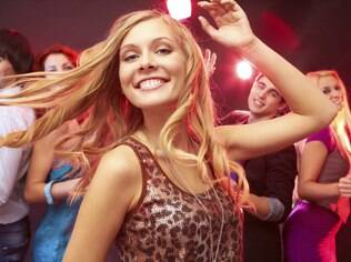 Na festa da firma: nada de dancinha sensual no meio da pista