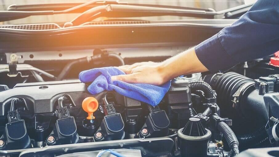 BIO W Rodas e Motores da Alcance Profissional tem três tipos de diluições para diferentes graus de sujidade do motor e rodas.
