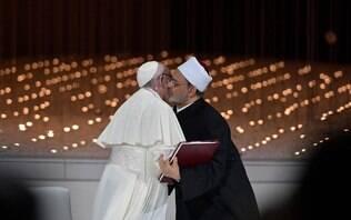 Papa e líder do islã fazem acordo de paz em viagem histórica à Península Arábica
