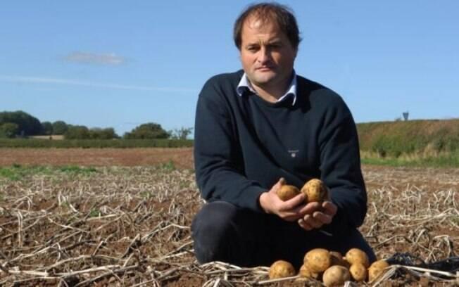Cultivar batatas é uma atividade que, segundo o empreendedor William Chase, ele herdou do pai