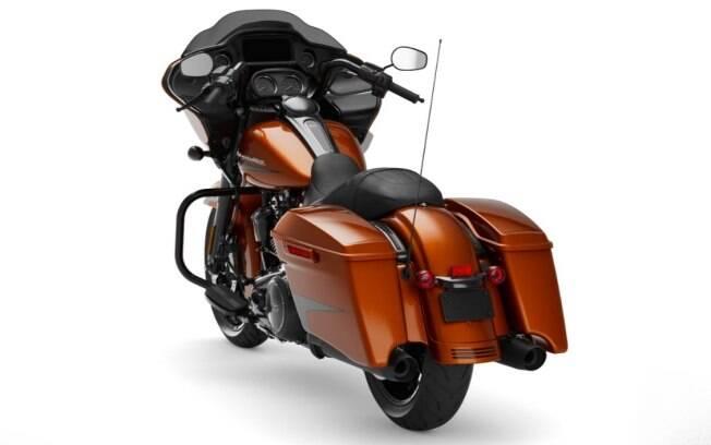 A Harley-Davidson Road Glide Special e seu estilo bagger, sem baú traseiro
